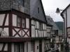 Enkirch - vakwerkstraatje (juli 2007)