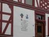 Enkirch - deur en gevel (juli 2012)