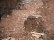 Wijnruimte onder keldertrap (2010)