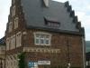 Pünderich - dorpsschool zijkant (juli 2012)