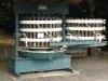 Weinlehrpfad - Dubbele Ingelheim wijnpers uit ca. 1925 (aug 2011)