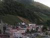 Bernkastel-Kues - overzicht met ruine (juli 2006)