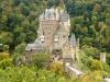 Burg Eltz - linksvoor (okt 2012)