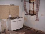 het keukenblok staat er weer (augustus 2008)