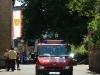 De Feuerwehr opent de optocht (Trachtentreffen 2011)